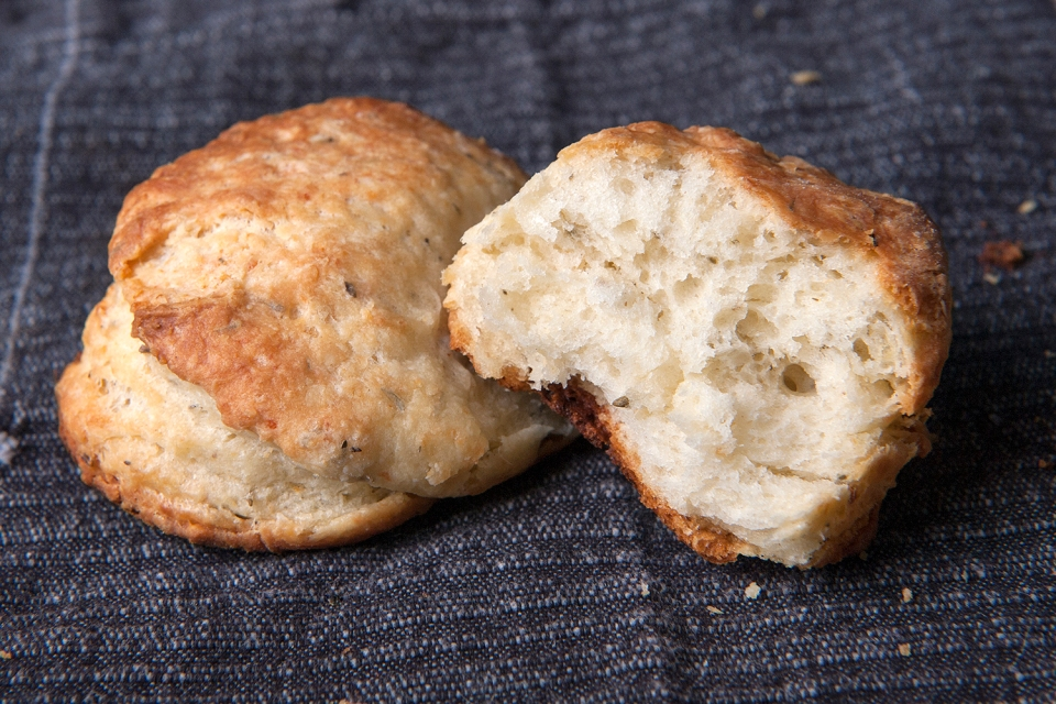 southerbuttermilkbiscuits2